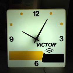 Victor-classic-clock-prop-house-rental - New York
