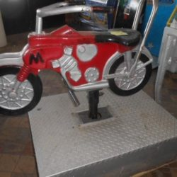 MOTORCYCLE KIDDIE RIDE - WORKS GREAT - CLASSIC COLLECTOR'S ITEM - FROM THE 1950's