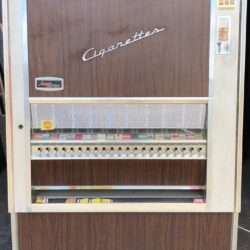 cigarette-machine-prop-60s-vintage