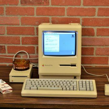 apple vintage macintosh computer prop rentals NYC/New York
