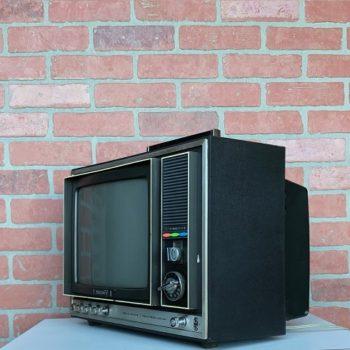 VINTAGE-TV-PROP-RENTALS-NY-04