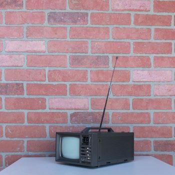 VINTAGE-TV-PROP-RENTALS-NY-09