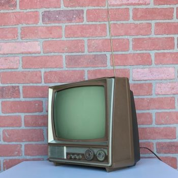 Vintage TV prop rental for nyc area