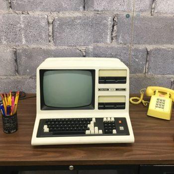 vintage radio shack computer prop rentas new york