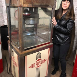 popcorn vintage machine prop rental