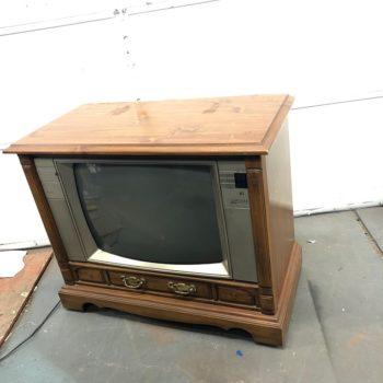Sylvania tv prop console ny prop rentals