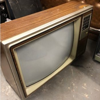 TELEVISION MOVIE PROPS RENTAL