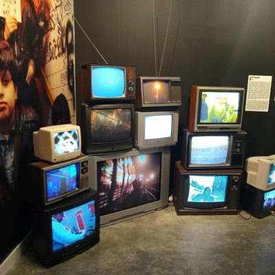 vintage TV Display prop wall Brooklyn - Beyond the Streets Art