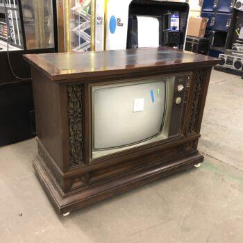 70s vintage console tv - prop renmtals