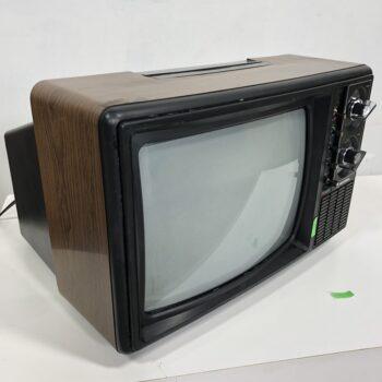 RETRO TV PROP RENTALS NY - BLACK KNOBS