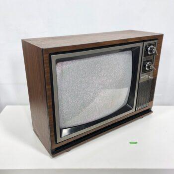 woodgrain hitachi 19 inch tv prop rental