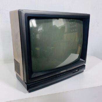 IMG_6924.jpg_tv prop_nyc_ct_vintage electronics